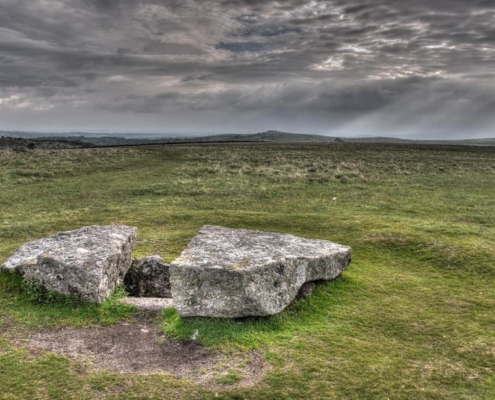 Megalithic grave, Merrivale (Dartmoor), Great Britain. Bronze Age. Photo J.R. Beuker.